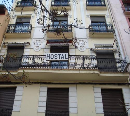 Hostal Central Immagine 1