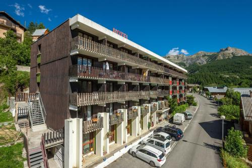 Hotel Plein Soleil - Hôtel - Allos