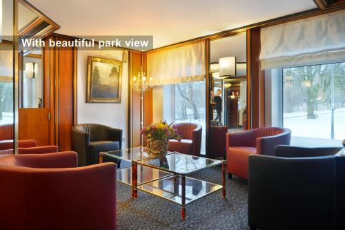 Ambassador Parkhotel photo 10