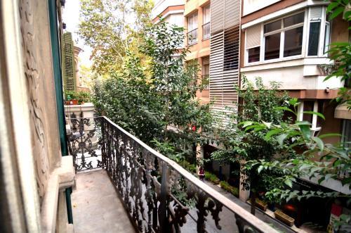Apartments Gaudi Barcelona photo 52