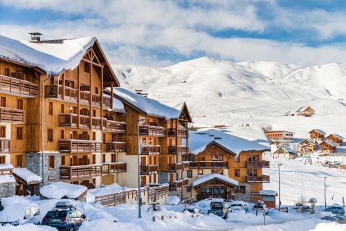 Lagrange Vacances Les Hauts de Comborcière**** - Hotel - La Toussuire