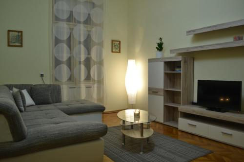 Hotel Apartment Zeleni Val