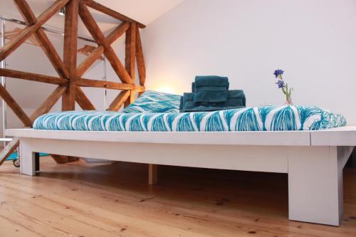 The Blue House - Camões Cool Loft.  Mynd 1