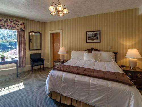 Shawnee Inn And Golf Resort - East Stroudsburg, PA 18356