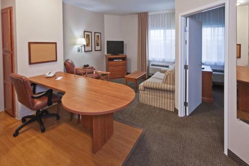 Candlewood Suites Owasso - Owasso, OK 74055