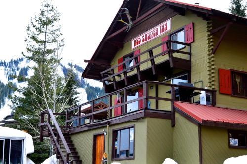 Red Shutter Inn - Accommodation - Rossland