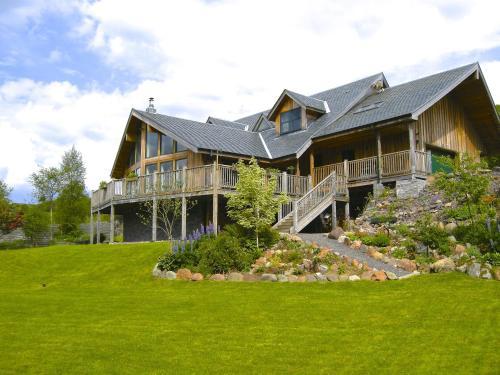 Tanglewood Lodge