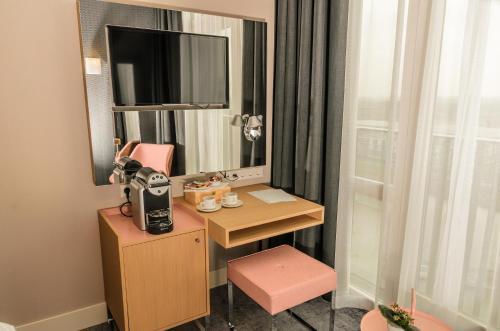 Amadi Panorama Hotel photo 2