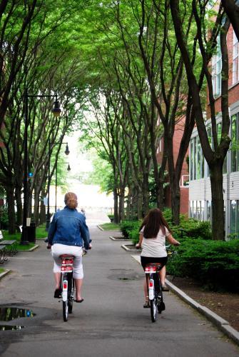 One Bennett Street, Cambridge, MA 02138, United States.