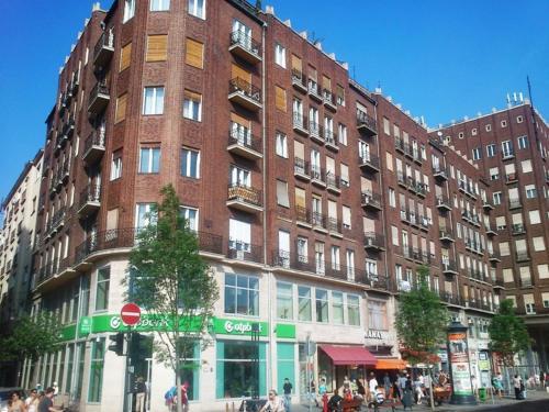 Paprika Apartment Studio, Pension in Budapest