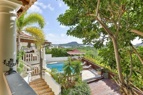 . Bayview Villa