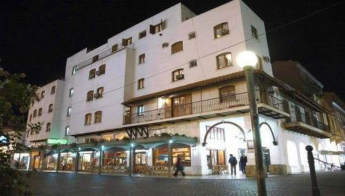 . Hotel Regidor