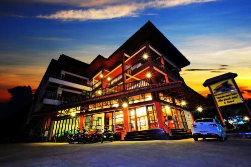 . Alina Grande Hotel & Resort