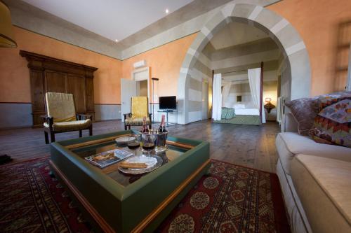 . Palazzo Castiglioni Luxury Suites