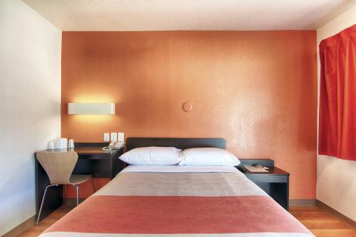 Motel 6-Mammoth Lakes CA - Mammoth Lakes, CA CA 93546