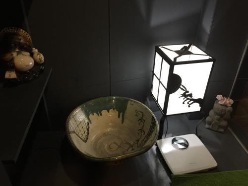 Taito-ku Nihonzutsumi  2-34-10 , Tokyo, 111-0021
