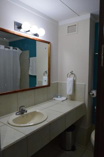 Puerto Azul Resort & Club Nautico room photos