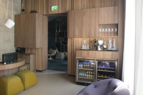 PH Hotel Oosteinde photo 9