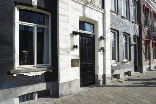 PH Hotel Oosteinde impression