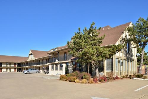 Americas Best Value Inn Edmond Oklahoma City N - Edmond, OK 73034