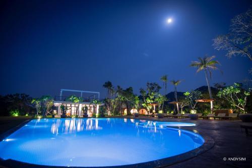 . Samanea Beach Resort & Spa