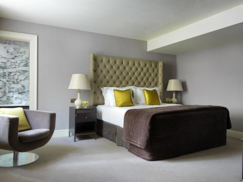 The Kensington Hotel photo 3