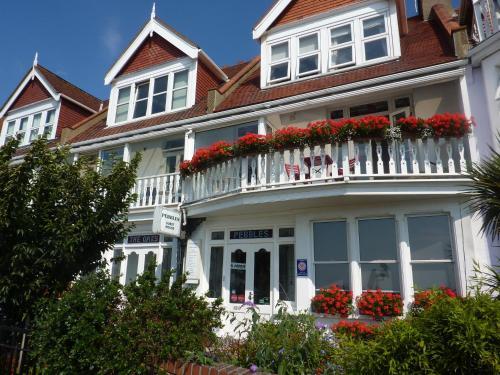 Pebbles Guest House, Southend On Sea