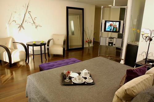 Broadway Hotel & Suites photo 11