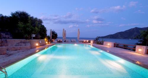 . Smyros Resort