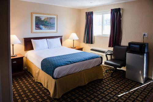 Grand View Plaza Inn & Suites