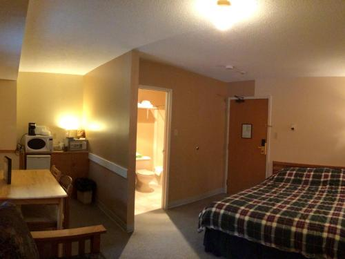 Double Room with Murphy Bed