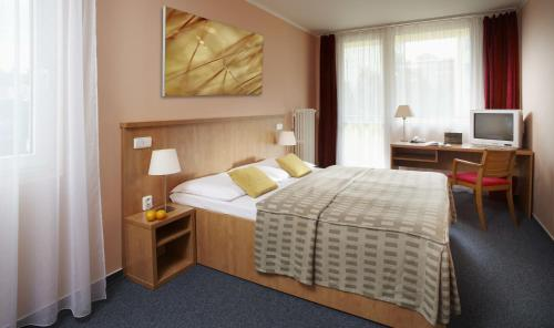 Special Offer - Double/Twin Room