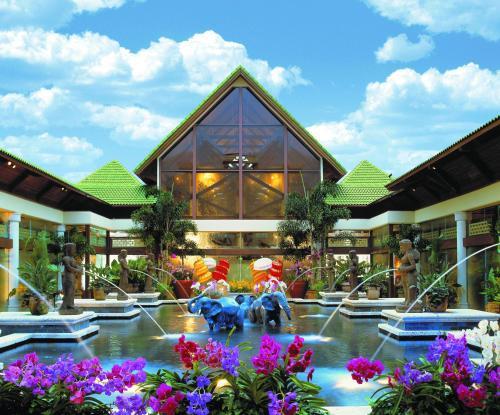 6300 Hollywood Way Orlando, Florida 32819, United States.