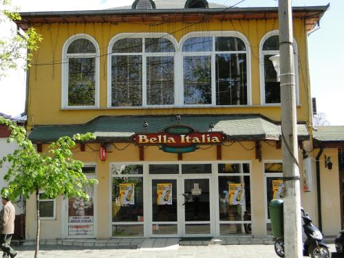 . Hostel Bella Italia
