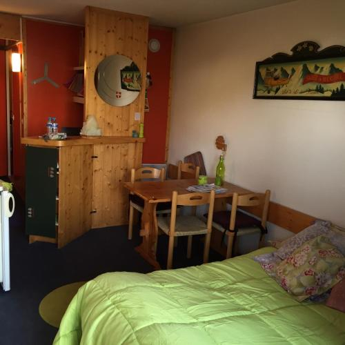 Nice Flat Le Varet Arcs 2000 - Apartment - Arc 2000