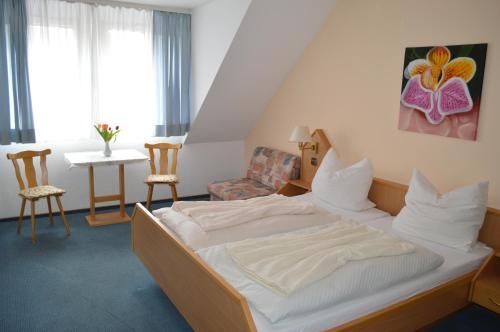 Hotel Zum Lieben Augustin photo 2