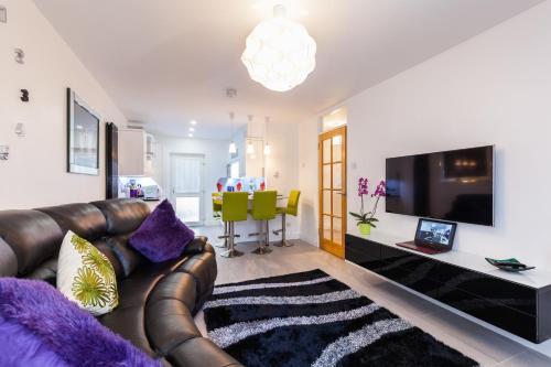 Salisbury Apartment