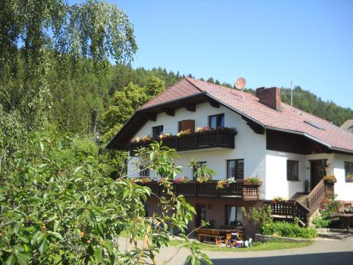 Naturpark Bauernhof Sperl - Hotel - Mariahof