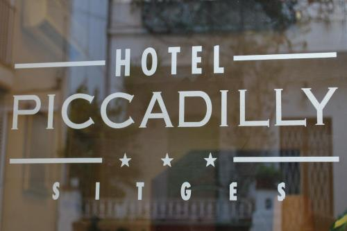 Hotel Piccadilly Sitges photo 18