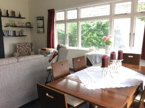 Primrose Manor - Accommodation - Palmerston North