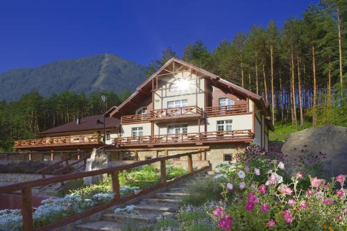 Eco-hotel Ekho - Hotel - Belokurikha