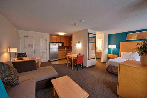 Residence Inn Neptune At Gateway Centre - Neptune, NJ 07753