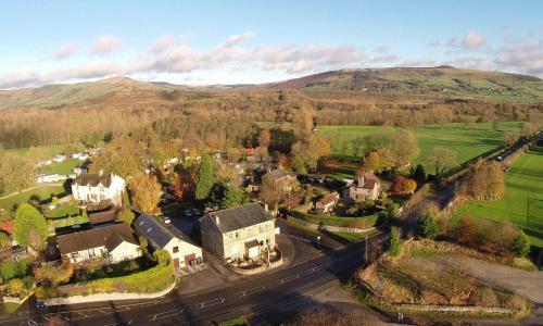 Stretfield Road, Bradwell, Hope Valley, Derbyshire S33 9JT, England.