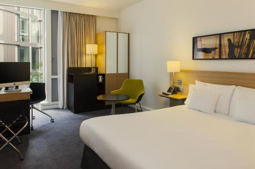 DoubleTree by Hilton Amsterdam Centraal Station photo 12