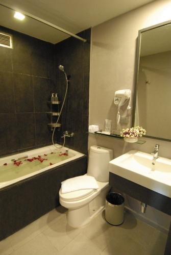 Ma Hotel photo 38
