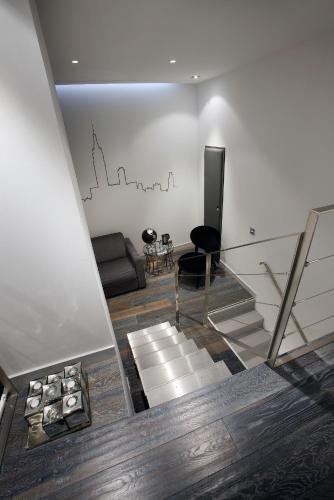 Triplex Room
