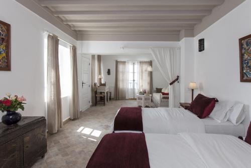 10 Rue Abdellah Ben Yassine, Medina, 44000 Essaouira, Morocco.