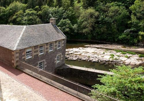 . New Lanark Self Catering Waterhouses