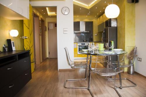 DERELLI Deluxe and DERELLI Adorable apartments