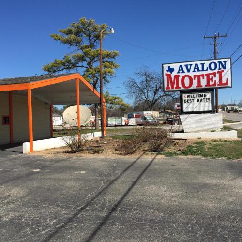 . Avalon Motel